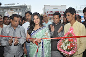Anjali Launches Priyanka Shopping Mall-thumbnail-2