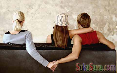 Ciri-Ciri Suami Selingkuh