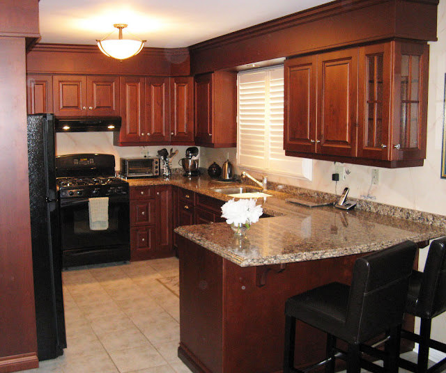 Five star photo gallery alder cabinets for 5 star kitchen cabinets