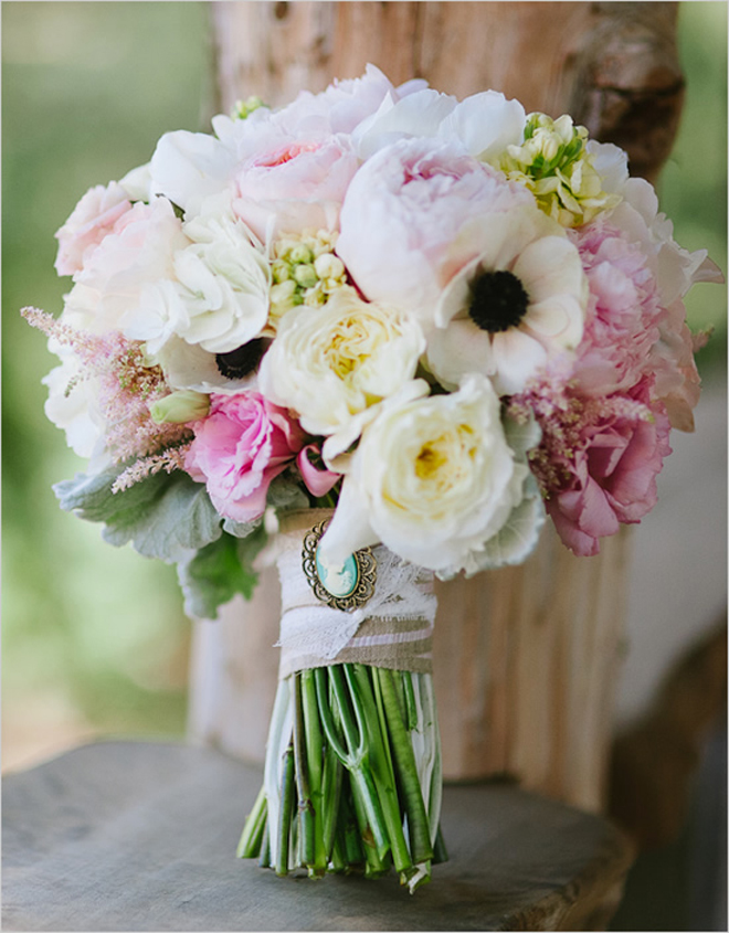 Bridal Bouquets Pink And White : Stunning wedding bouquets part belle the magazine