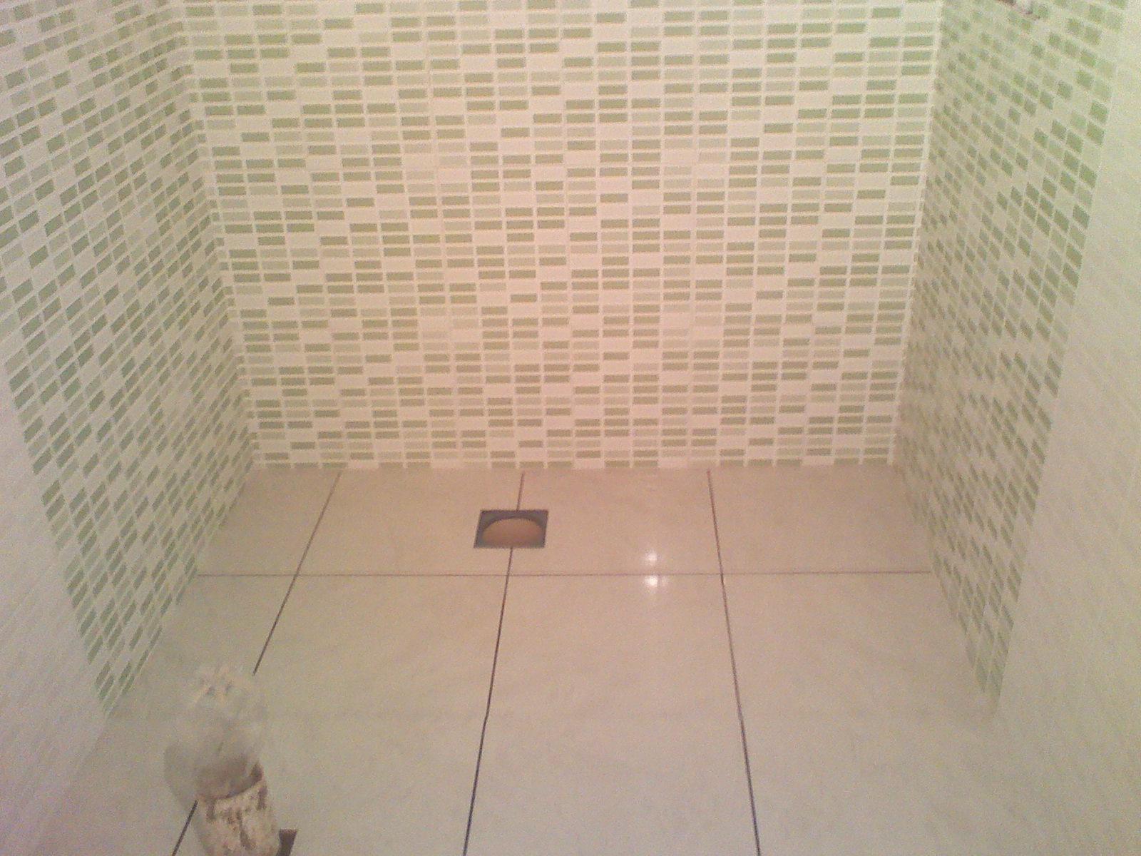 Imagens de #886843 Maridão dando os últimos retoques para poder instalar nossas  1600x1200 px 2776 Box Banheiro Nh