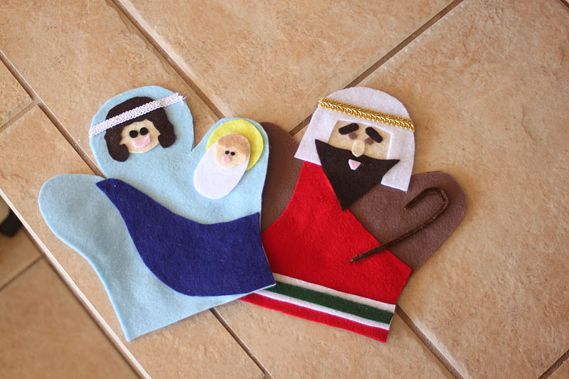 ... : {tutorial & free printable pattern} Felt Nativity Hand Puppets