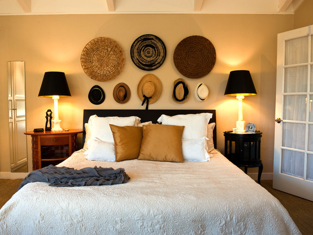 nancy 39 s daily dish beautiful ways to decorate with hats. Black Bedroom Furniture Sets. Home Design Ideas