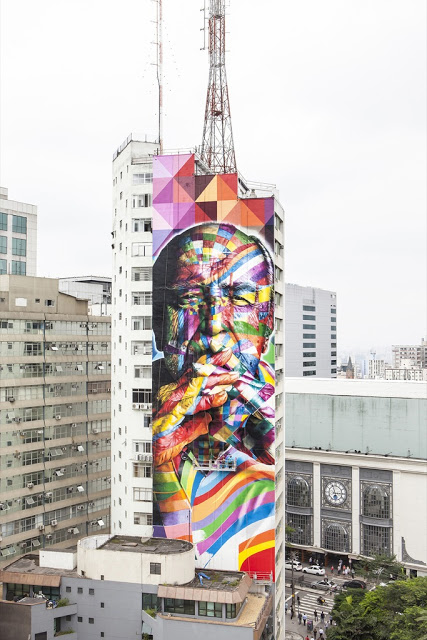 Oscar niemeyer graffiti portrait by eduardo kobra in sao for Mural eduardo kobra
