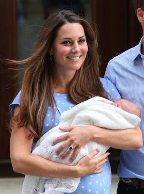 Kate Middleton bersama anak sulung mereka
