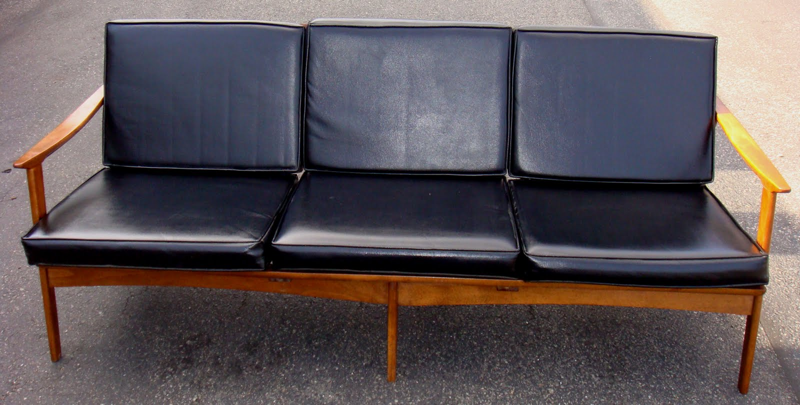 Mid Century Sofa W/ Black Vinyl Cushions!! PERFECT Condition!! Dimensions :  71 Inches Length / 33 Inches Depth / 27 Inches Height