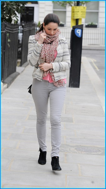 Kelly Brook out in London Pics