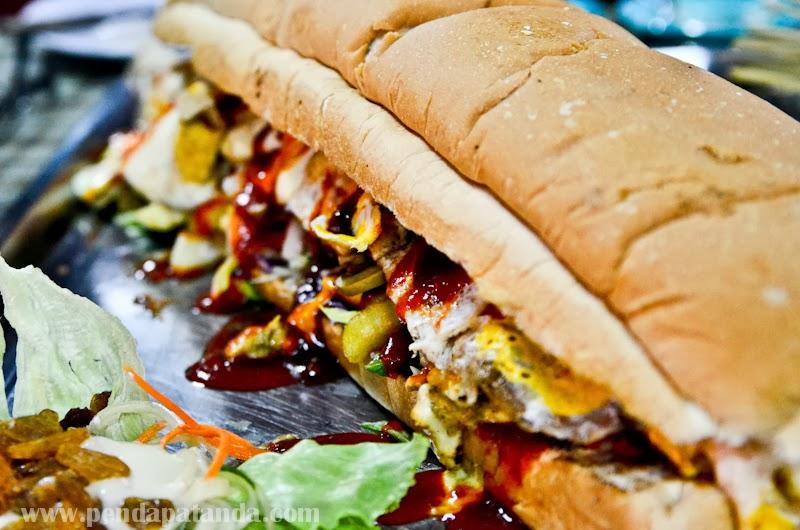 Burger Boy Penanti