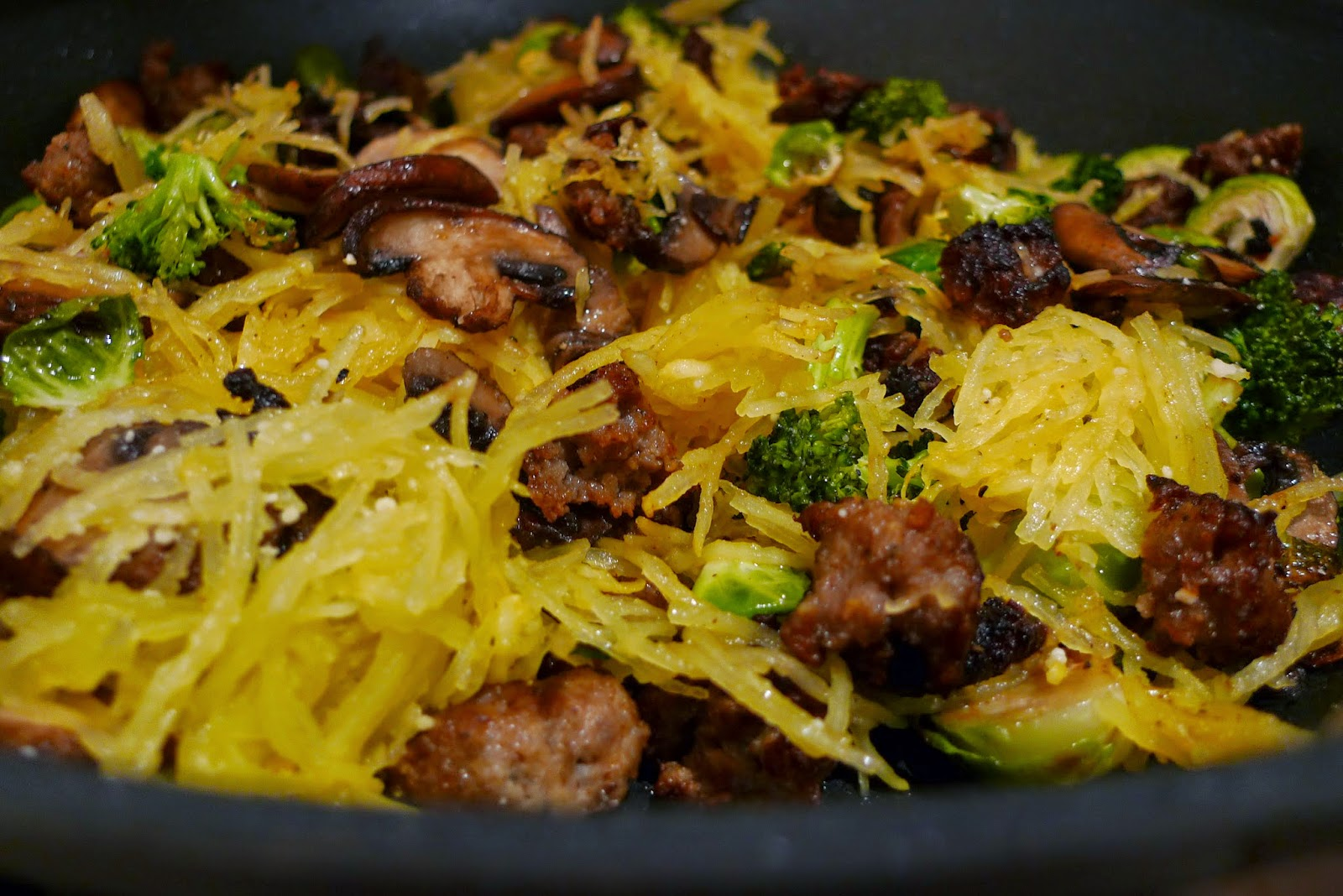 siriously delicious: Spaghetti Squash with Crispy Sausage and Veggies