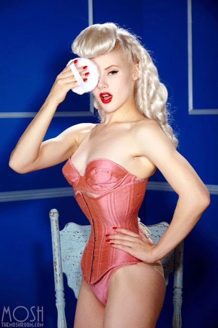 Miss Mosh deviantart beautiful woman alternative fetish model pin-up latex blonde