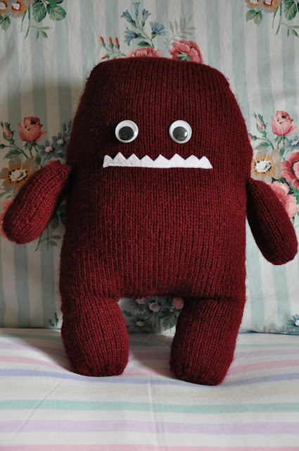 Here is my latest knitted monster - Hugo, the Couch Potato Monster!
