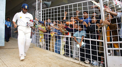 Sachin Adulation from Fans