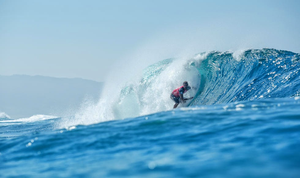 30 Billabong Pipe Masters 2014 Kai Barger Foto ASP