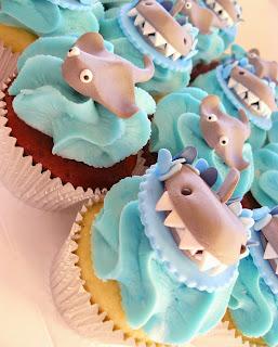 Stingray Cupcakes