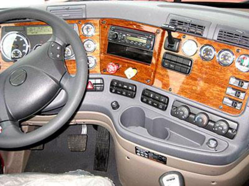 Latest cars models freightliner cascadia 2014 - 2013 freightliner cascadia interior ...