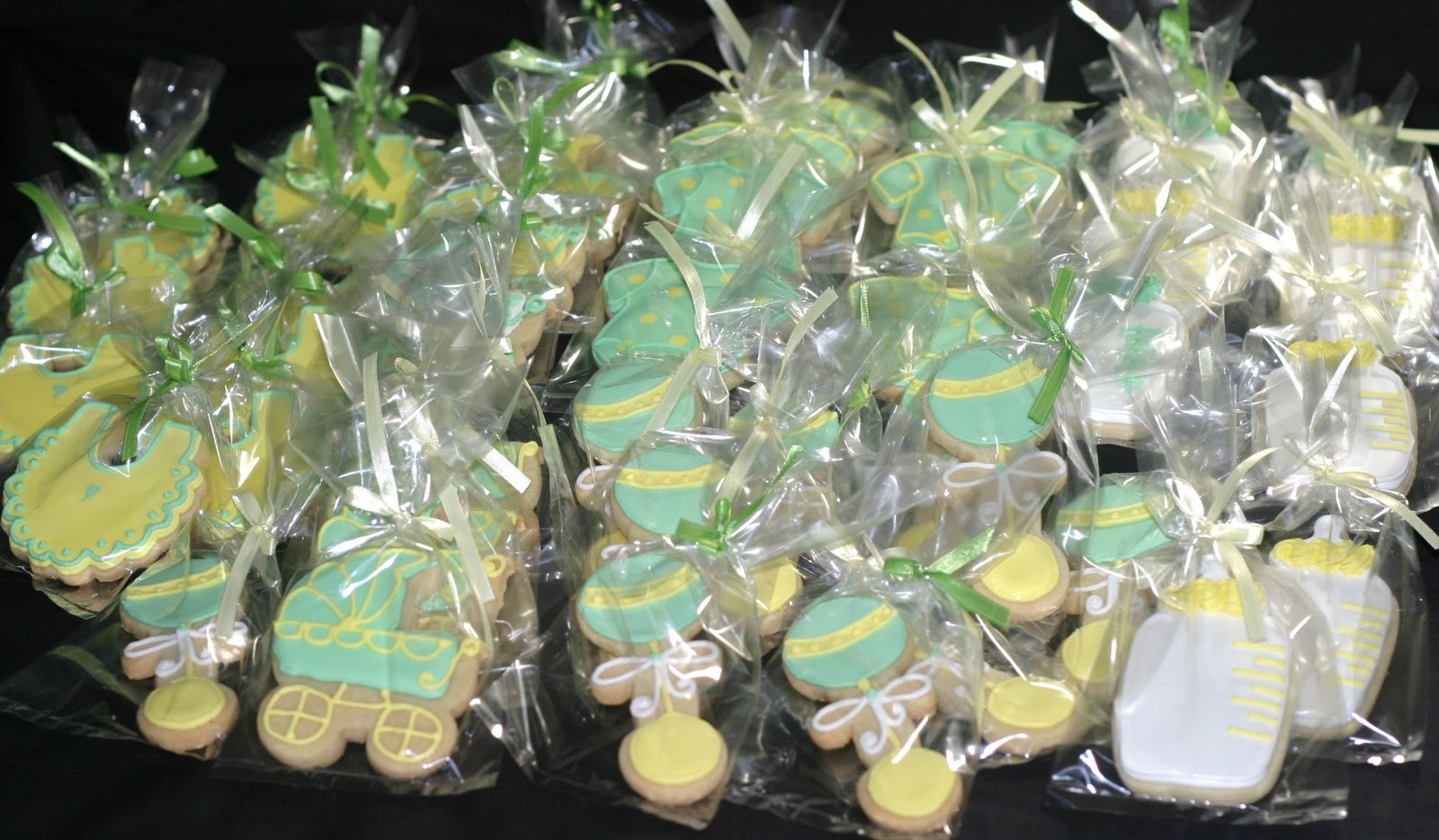 Baby Shower Themes Green ~ Gender neutral baby shower candy buffet ideas sweet city candy