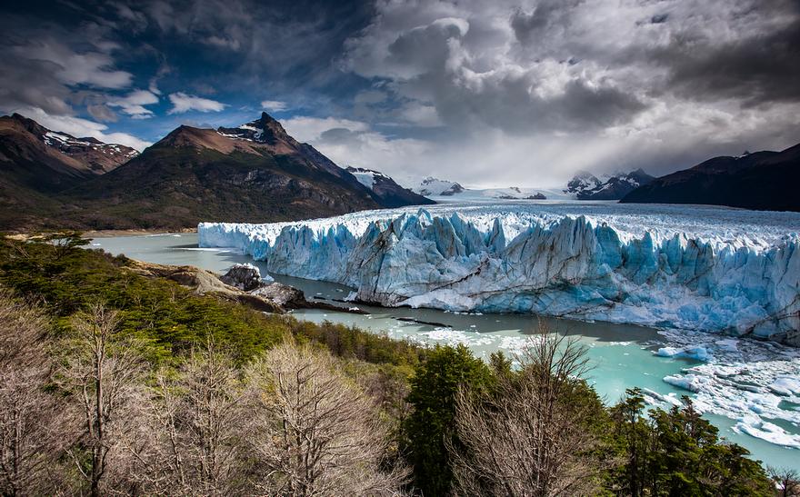 Living Ice: I Happened To Photograph The Rupture Of Perito Moreno Glacier