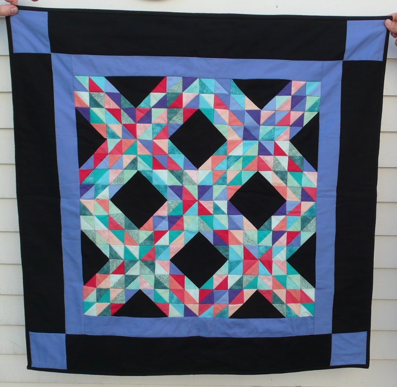 Quilt patterns meandering through mathematics according to wikipedia people have been making quilts at least since renaissance times similar geometric designs also show up in architecture urtaz Choice Image