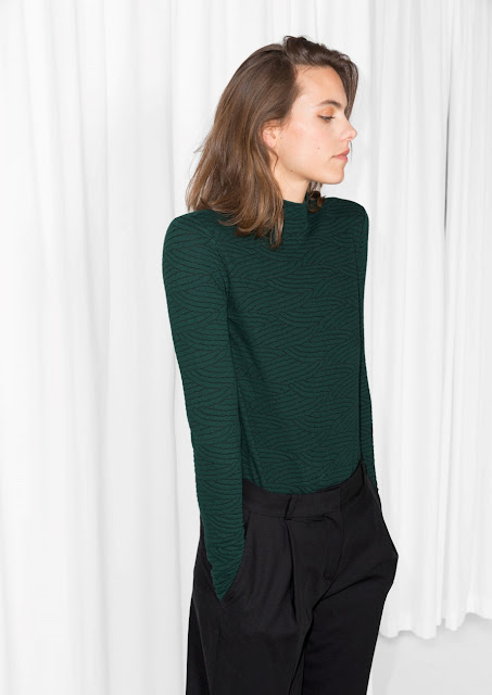 dark green turtle neck, black green turtle neck,