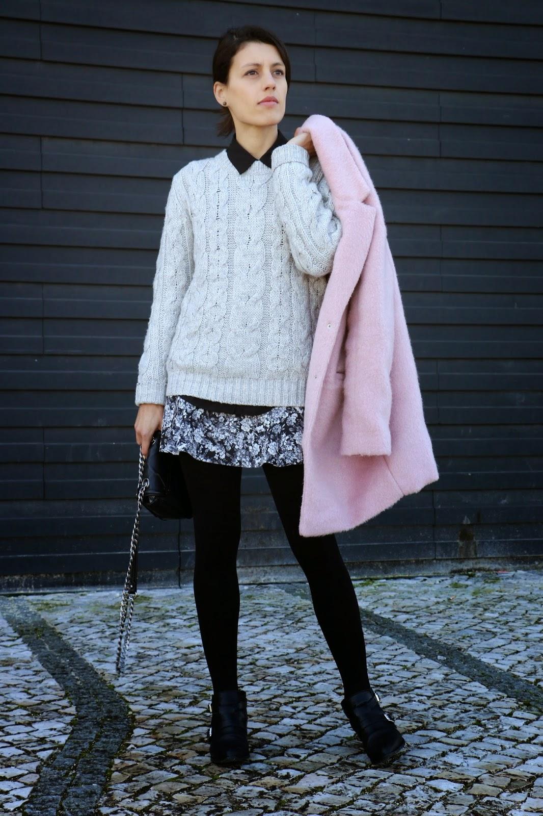 http://ilovefitametrica.blogspot.pt/2015/01/touch-of-pink.html