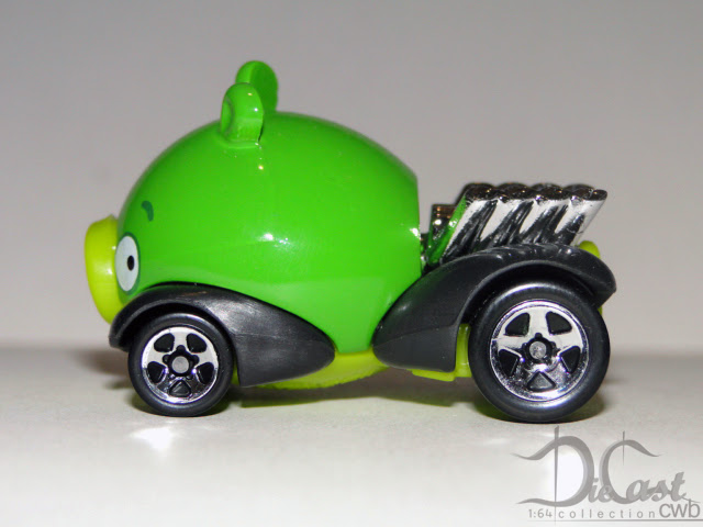 http://diecastcwb.blogspot.com.br/2012/12/minion-pig.html