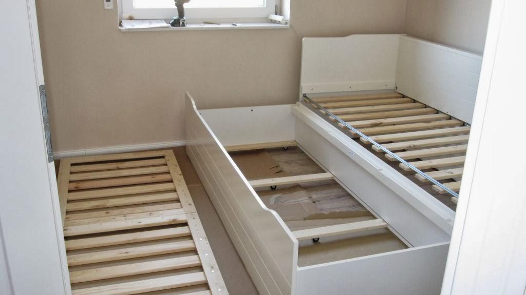 bett zum ausziehen top hemnes bett als couch und zum. Black Bedroom Furniture Sets. Home Design Ideas