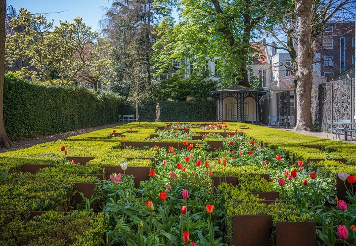 Festival del tulipan en Amsterdam. Un bulbo por ciudadano