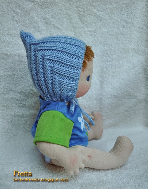 Baby Gnome Hat Knitting Pattern : Fretta: Hand knit baby