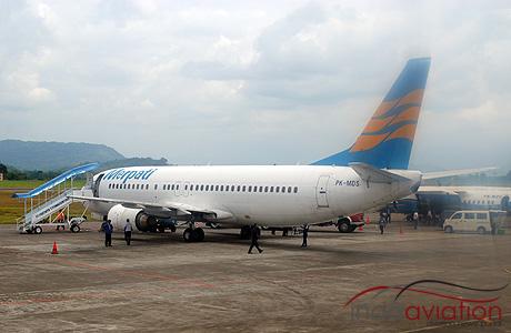 Merpati Nusantara Boeing 737-400 PK-MDS