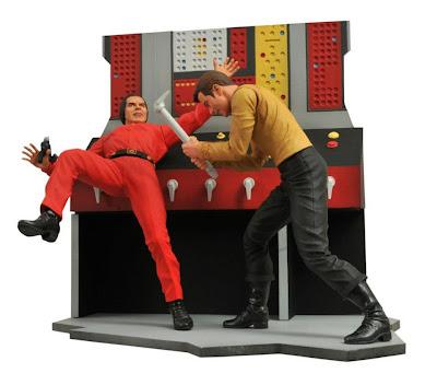 Diamond Select Star Trek The Original Series Captain Kirk vs Khan Figure