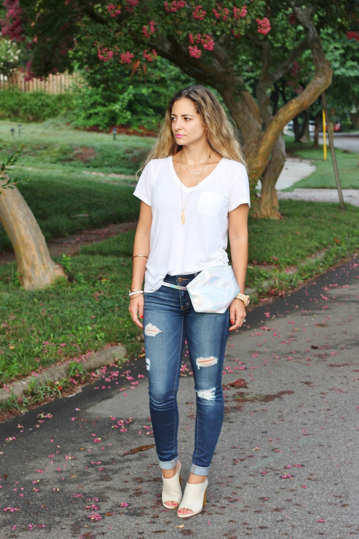 Jeans and a Tee outfit ideas