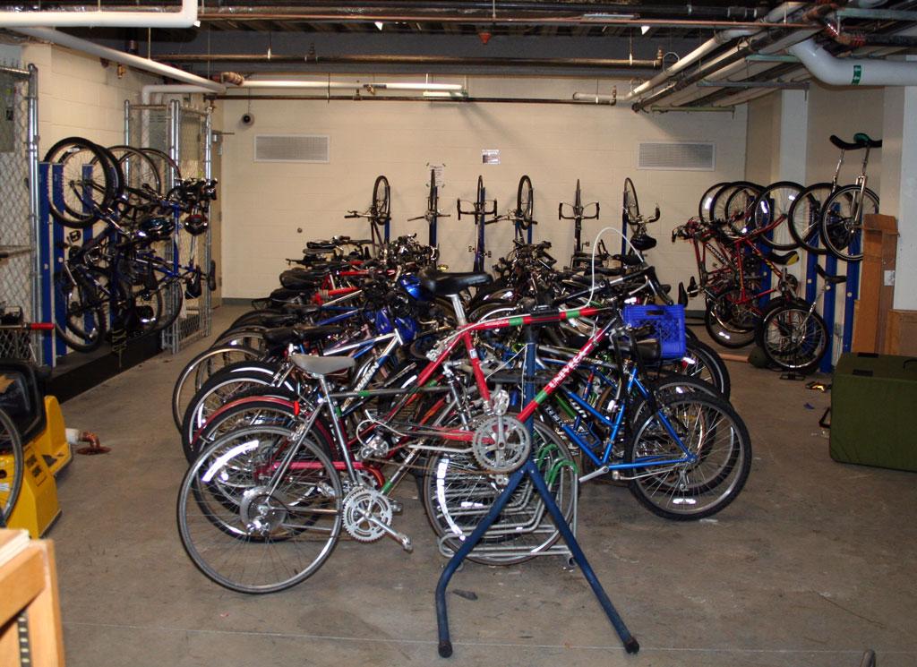 http://blogs.olin.edu/studentblog/2007/03/laundry-day.html