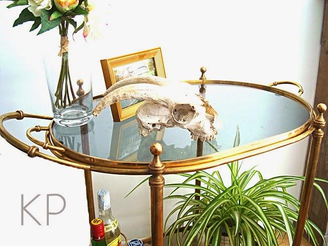 Venta de muebles vintage online. Objetos de época para decoración