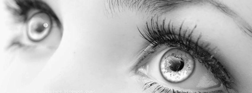 Couverture facebook avec beaux yeux triste