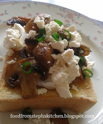 Poached egg, buttery mushrooms and feta - Steph's Kitchen
