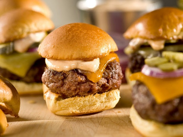 Bobby Flay Recipes: Sliders with Chipotle Mayonnaise
