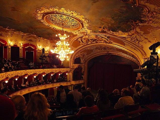 sala mare teatrul vasile alecsandri iasi