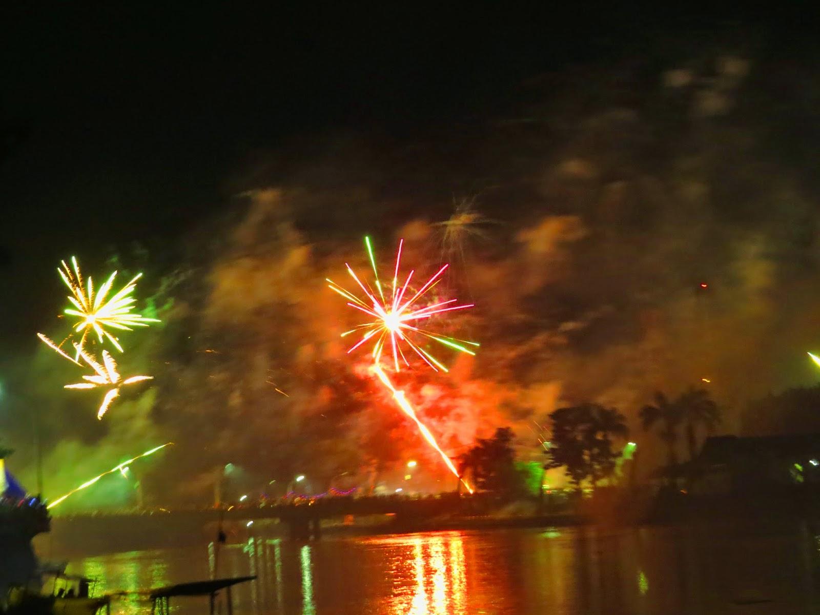Pesta Kembang Api Pergantian Tahun 2014 - 2015 (Foto/Admin)