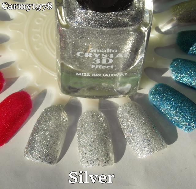smalto-argento-con-glitter