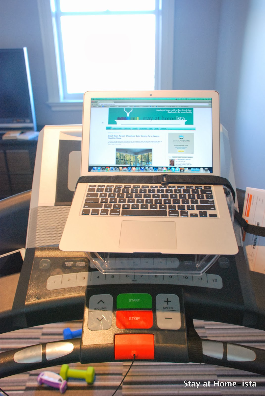 Reading blogs while working out- brilliant