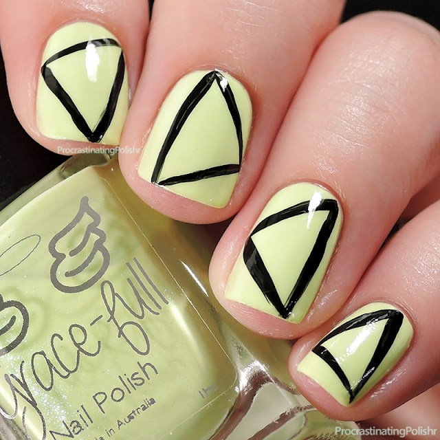 Best Nail Art of 2015 - Lacquerologist inspired triangles