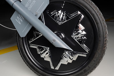 Gambar aneh sepeda Motor