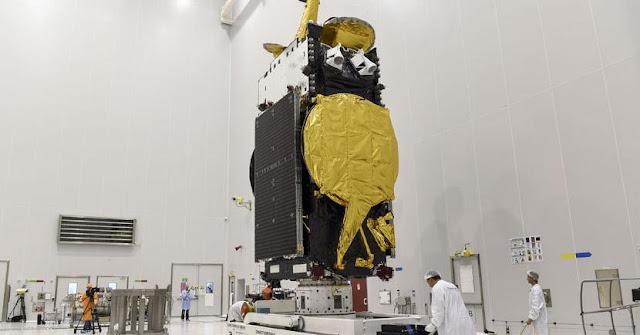 EUTELSAT 8 West B satellite. Credit: ESA/CNES/Arianespace