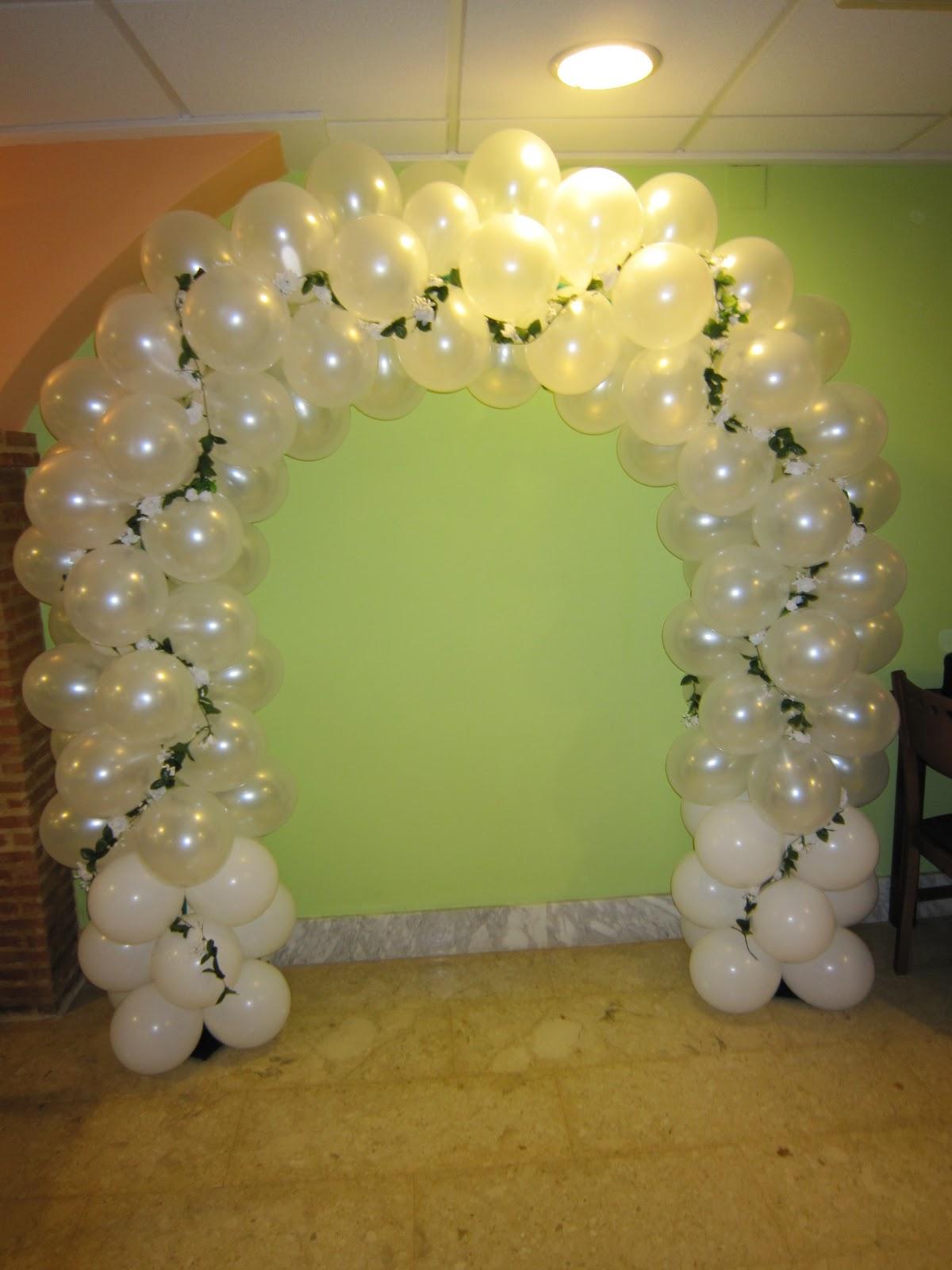 Decoracion con globos para bodas 1266701280 75430201 1 for Decoracion con fotos