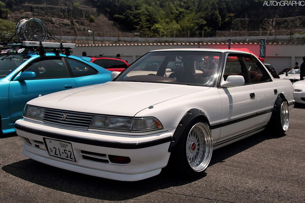 Toyota Mark II X80, japoński sportowy sedan, tylnonapędowy, napęd na tył, RWD, drifting, zdjęcia, tuning, JDM