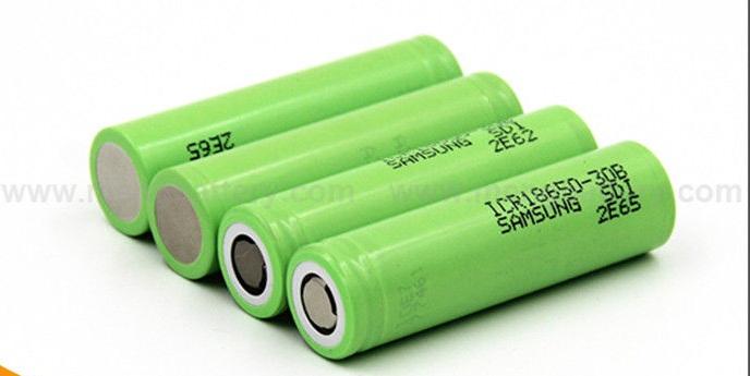 Πως να φτιάξεις ηλιακό  φορτιστή μπαταριών 18650 η κινητού