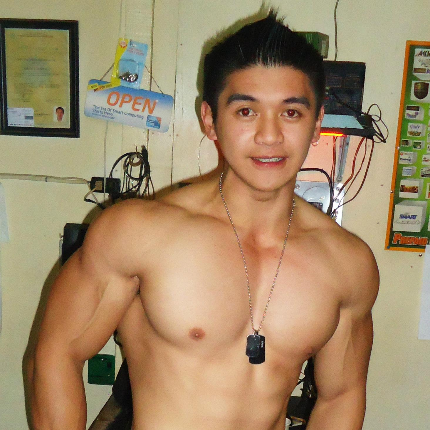 bodybuilder Nude filipino