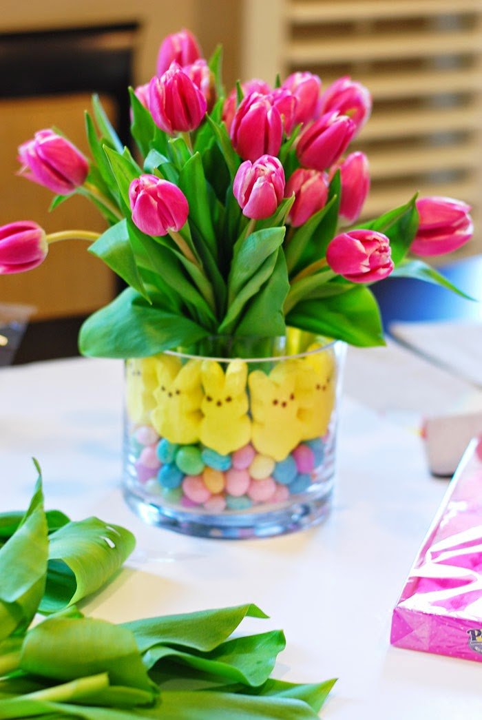 Glamvolution easter centerpiece tulips peeps jelly beans