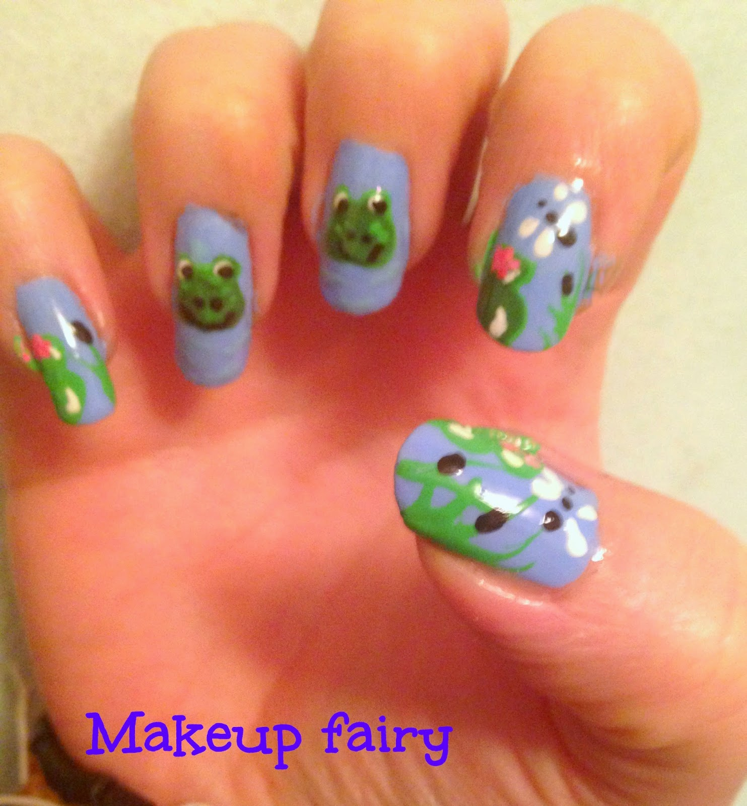Tinklesmakeup: Happy frog nail art