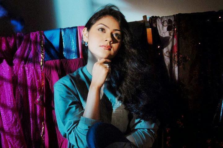 Bangladeshi+Model+%2526+Actress+Shaina+Amin003